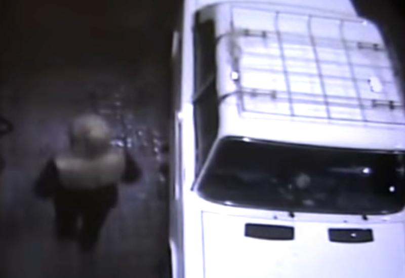 ВКирове милиция разыскивает правонарушителей, которые угнали ВАЗ