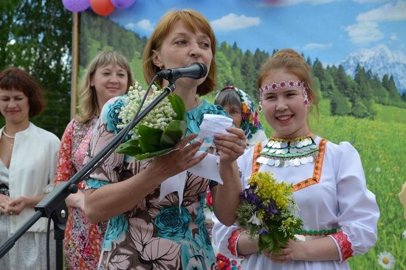 В Кировской области состоялся парад свадебных букетов