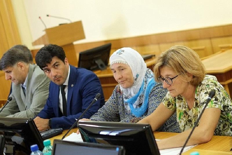 Глава региона встретился с представителями национальных сообществ Кировской области