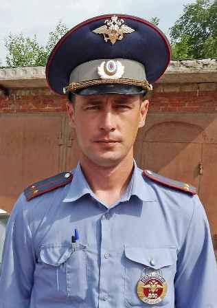 Коллеги почтили память инспектора ГИБДД, погибшего при исполнении долга