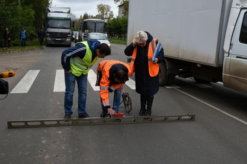 В Кирове отремонтирована дорога на улице Свердлова