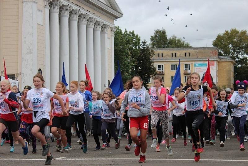 Свыше 1800 граждан Калининского района приняли участие в«Кроссе Нации»