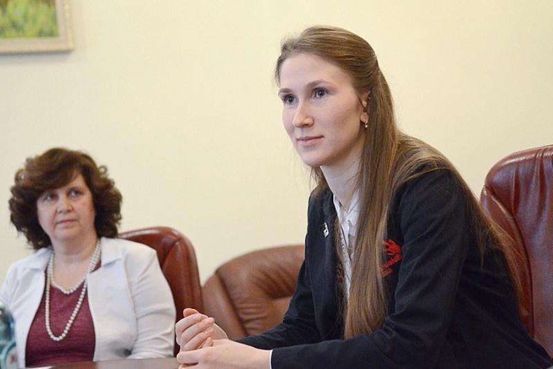 Губернатор предложил работу золотой медалистке WorldSkills International