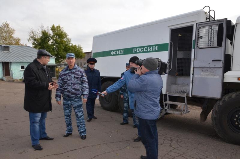 Кировский омбудсмен впервые проверил условия перевозки осужденных