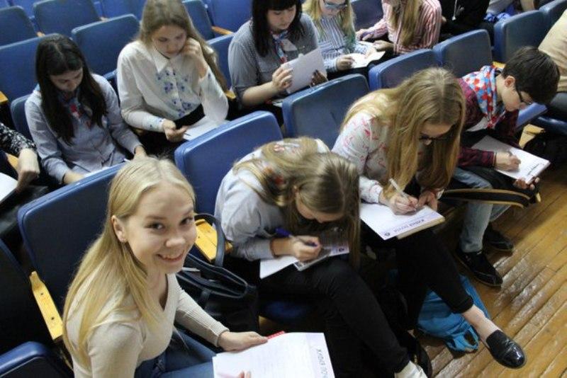Кировские школьники создали «Живую почту»