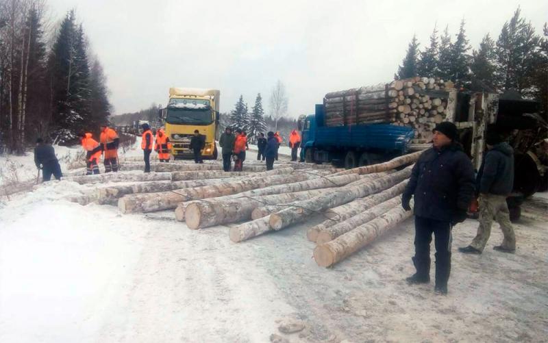 Более 10 кировским водителям потребовалась помощь автоинспекторов