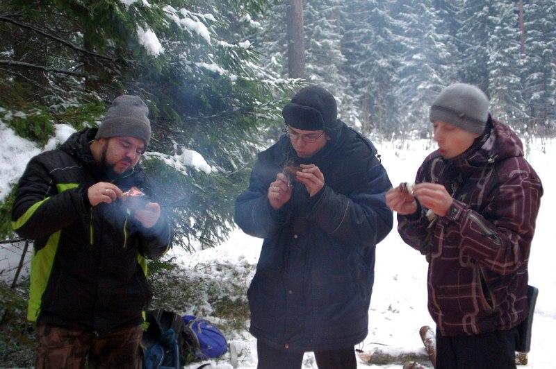 Кировчан научат ночевать зимой в лесу