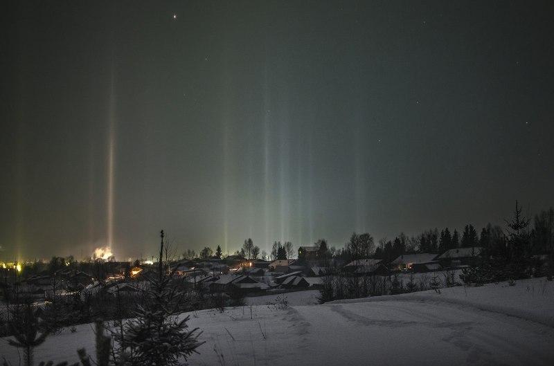 Кировчане ночью наблюдали «световой лес» (+ФОТО)