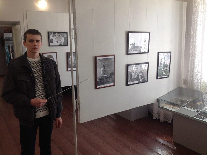 В Котельниче открылась выставка редких фотографий