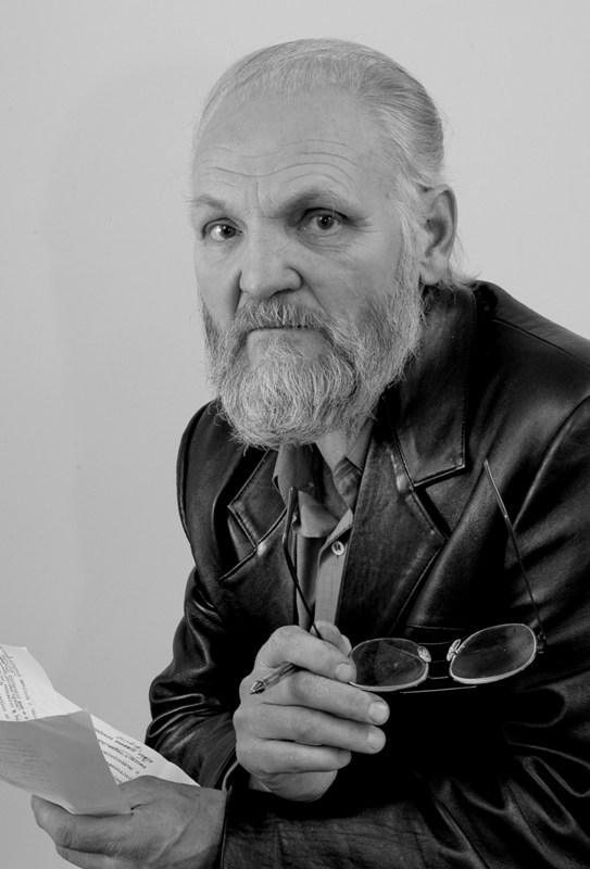 Известный кировский фотохудожник представил сборник своих лучших работ