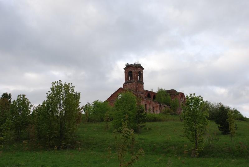 Церковь в бывшем селе