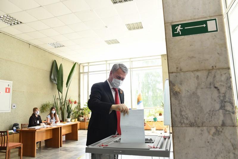 Рахим Азимов призвал принять участие в общероссийском голосовании