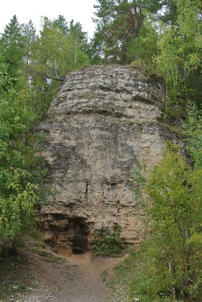 Легенды Буржатского утёса в Кировской области