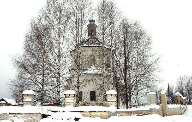 Для алтаря старинного вятского храма нужны кирпичи