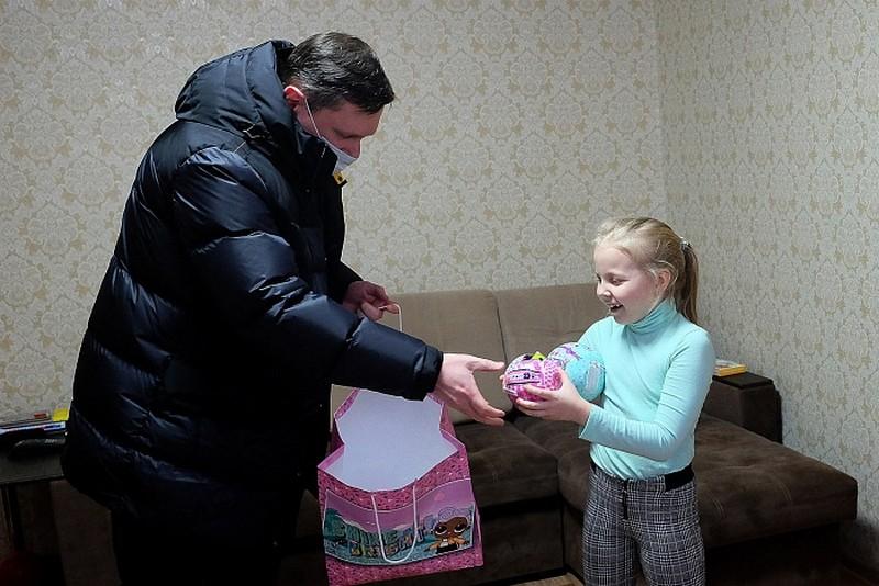 Александр Чурин исполнил 3 желания маленьких кировчан