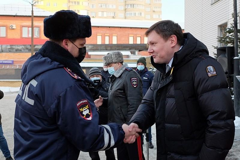 Госавтоинспекция Кировской области получила 13 новых служебных автомобилей