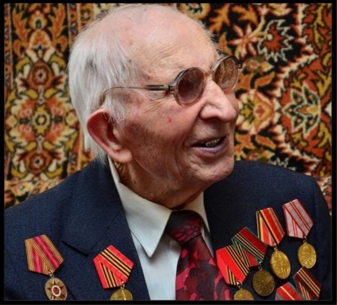 Ушёл из жизни старейший житель Кировской области Василий Сиволапов
