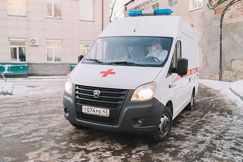 «Страха нет»: Фельдшер кировской «скорой» рассказал о работе в пандемию