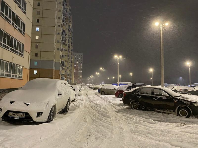 Подсчитано, сколько снега выпало в Кирове: данные оказались рекордными