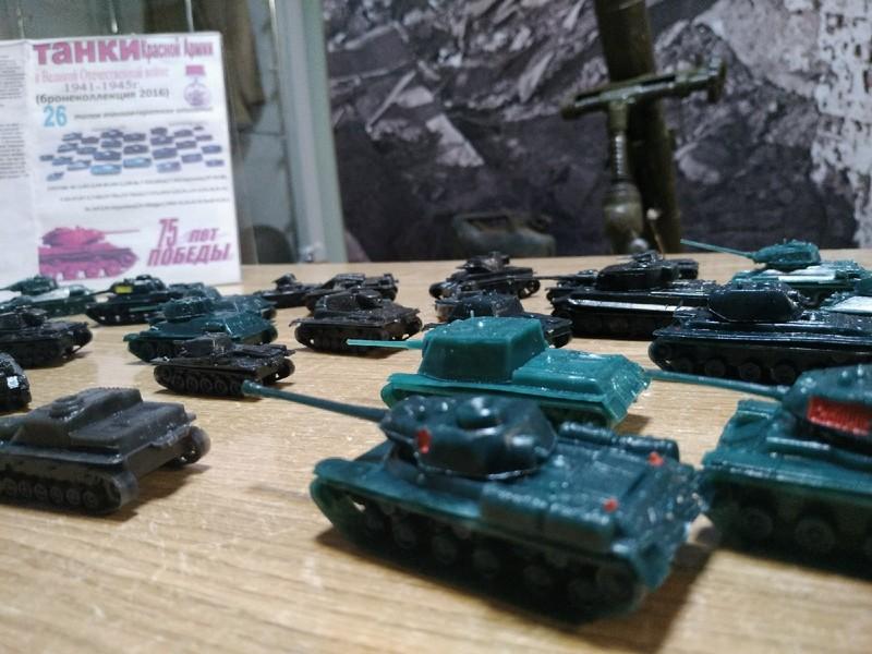 В Киров прибыли десятки танков