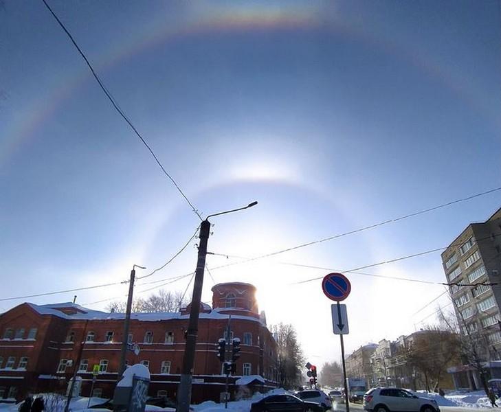 Кировчане заметили круги у солнца