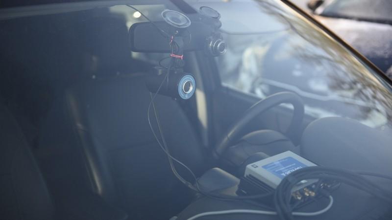 В Кирове ездит автомобиль с устройством, которое фиксирует нарушения парковки