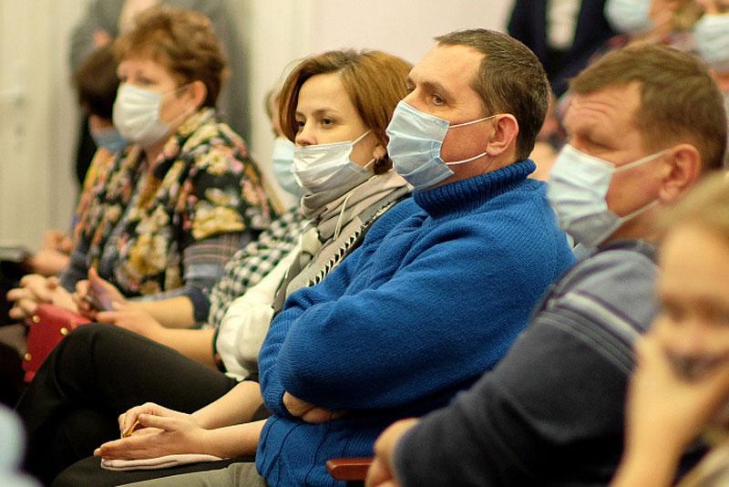 Игорь Васильев рассказал жителям Санчурска про ремонт дорог и газификацию