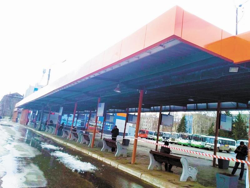 Благодаря приёмной губернатора в Кирове отремонтировали крышу автовокзала