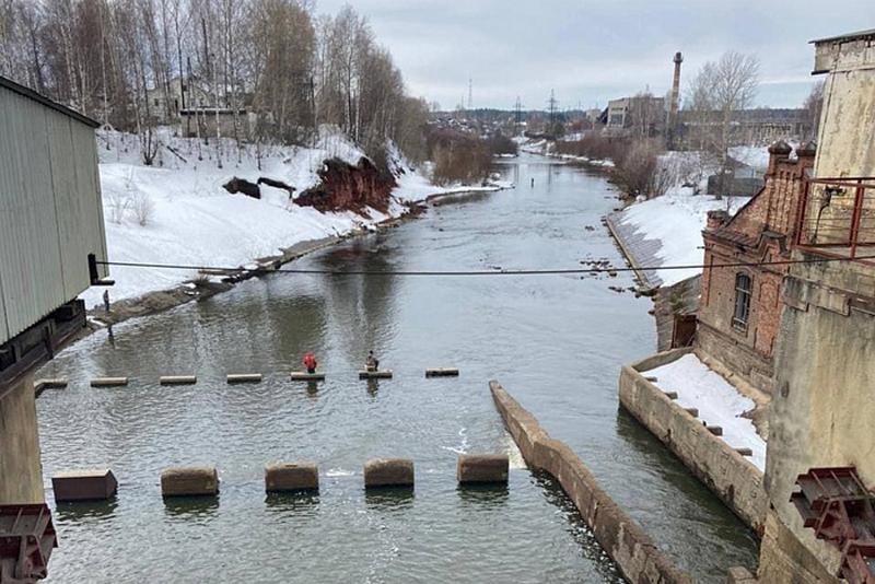 Поселок в Белохолуницком районе останется без моста на время половодья