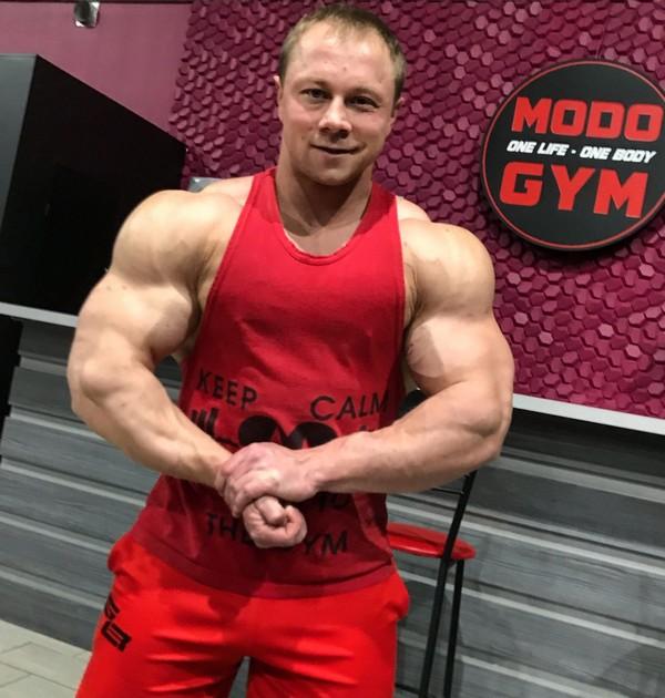 Житель Кировской области занял 2 место на соревнованиях по бодибилдингу