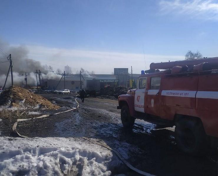 В Кировской области случился пожар на крупном производстве