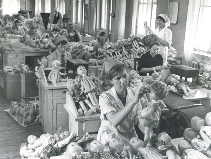 Кировская фабрика игрушек вошла в десятку лучших в стране