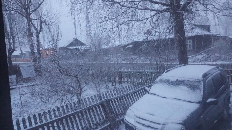 Часть Кировской области завалило снегом