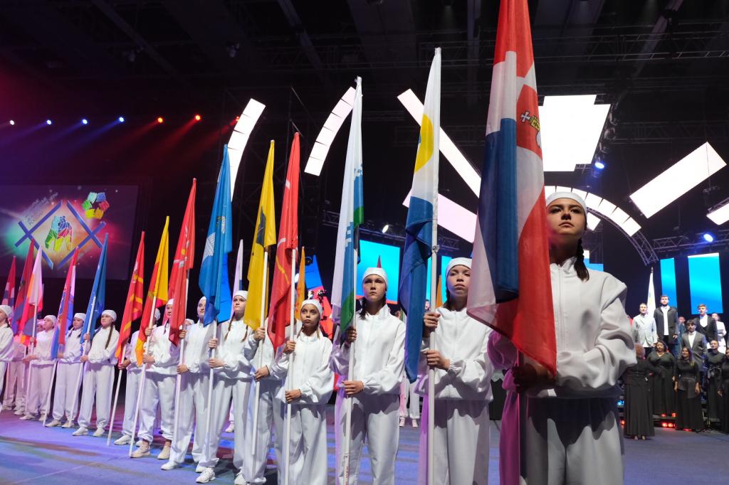 Кировский фотограф привезла с Дельфийских игр серебро