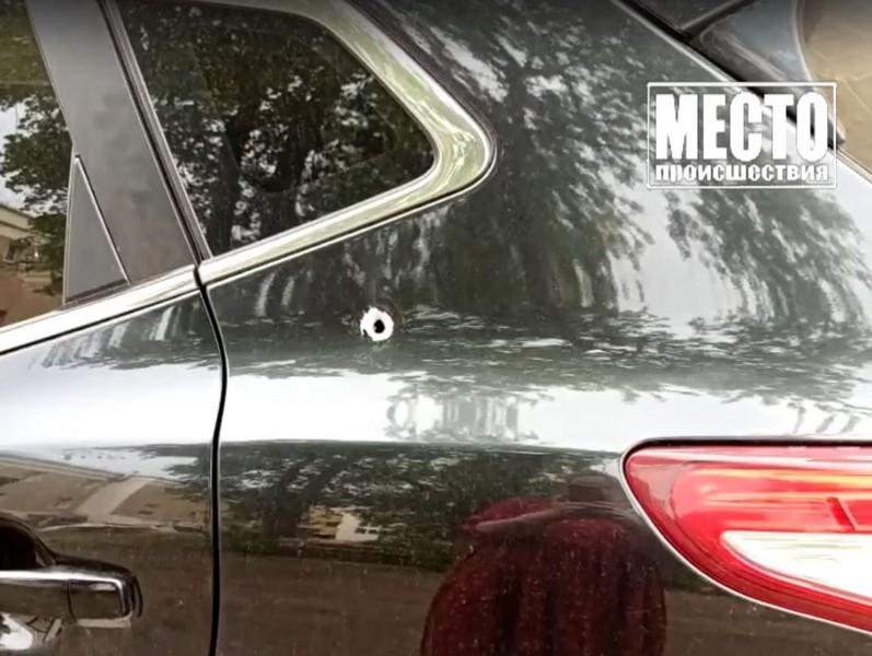 В Кирове обстреляли движущийся автомобиль