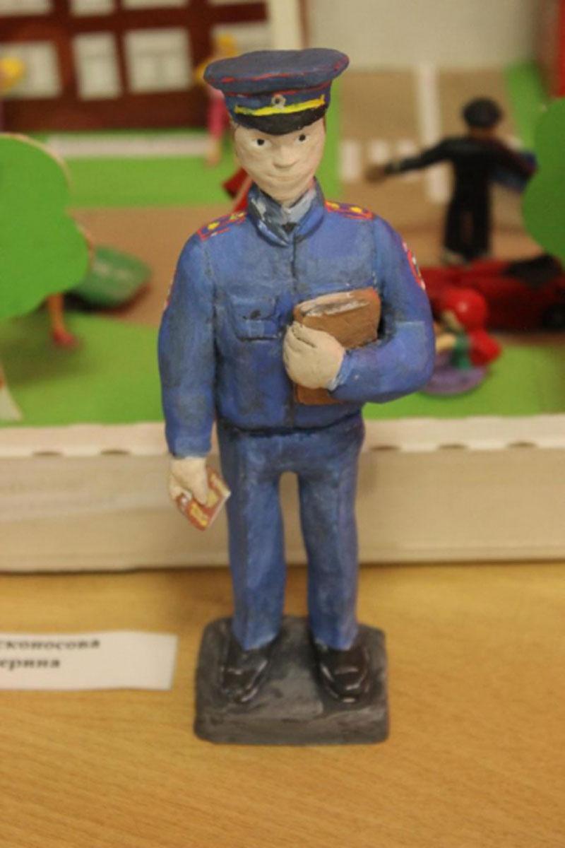 8-летняя кировчанка представит область на всероссийском конкурсе детской игрушки
