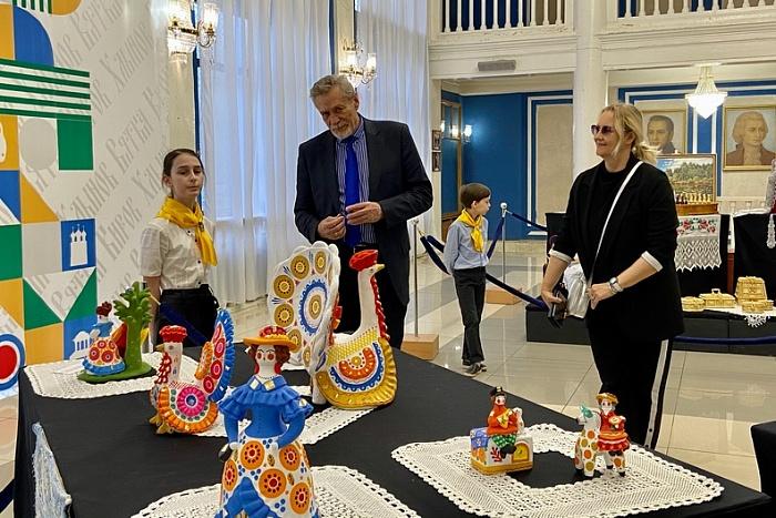 Именитый советский артист посетил Киров