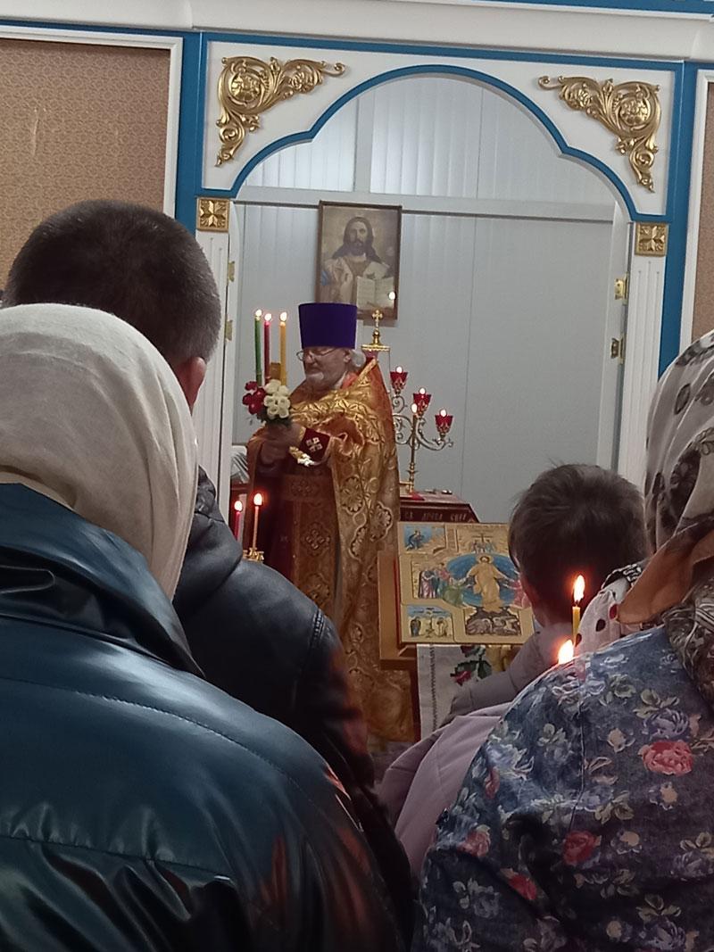 В Юрьянском районе освятят храм быстрой постройки
