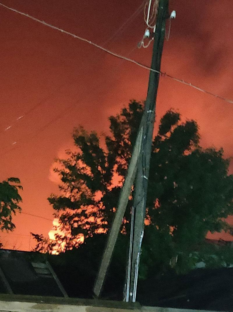 В Нолинске от удара молнии загорелся техникум