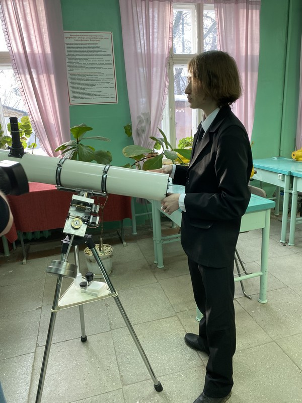 Юный житель Кировской области собрал настоящий телескоп