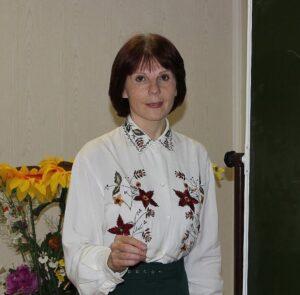 Кировчан научат играть на дымковской свистульке