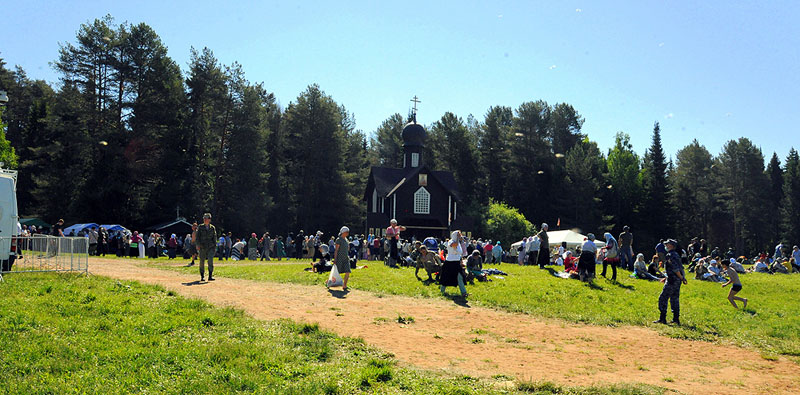 Участники Великорецкого крестного хода вышли в обратный путь