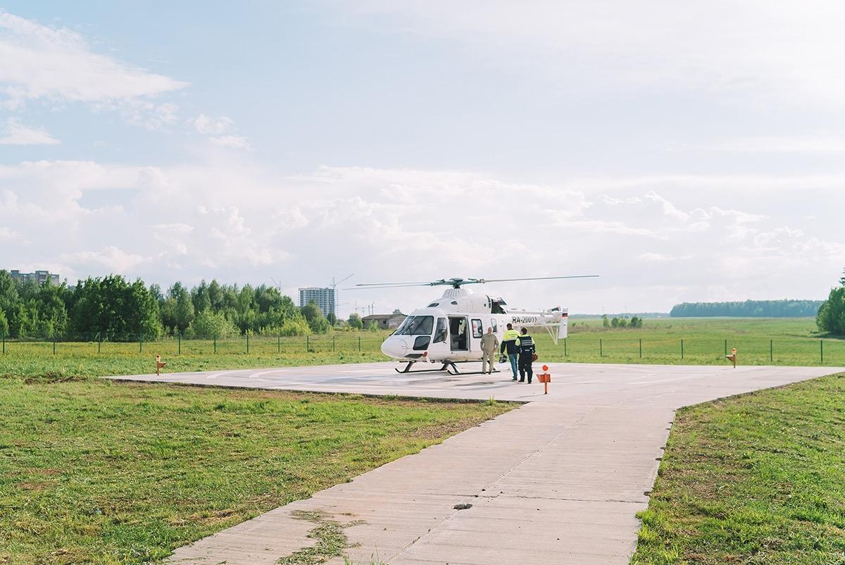 Санитарная авиация Кировской области спасла долгожительницу