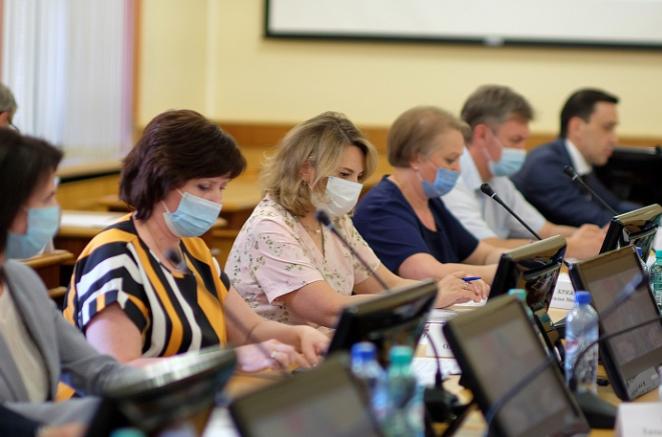 Губернатор Игорь Васильев рассказал, что сделал прививку от коронавируса