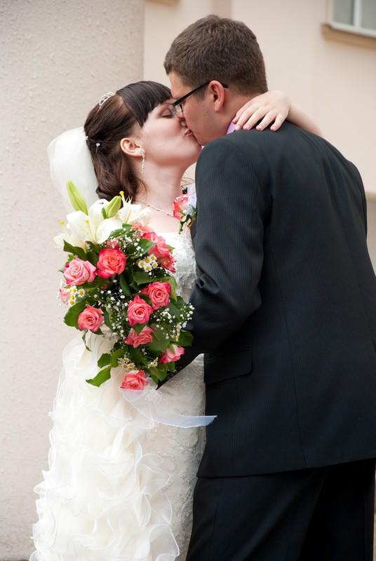 Муж и жена: одна фамилия, отчество и даже имя
