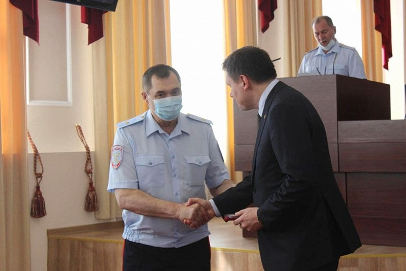 В Кирове лучшим полицейским вручили награды