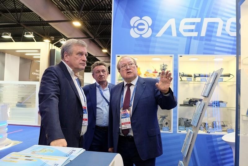 Кировские предприятия представили свою продукцию на МАКС-2021