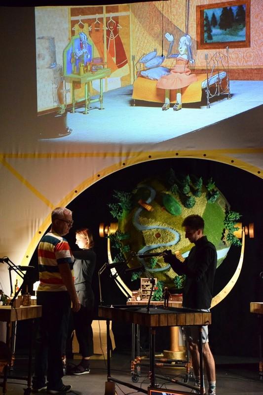 В Кирове покажут спектакль с гибридной видеотехнологией