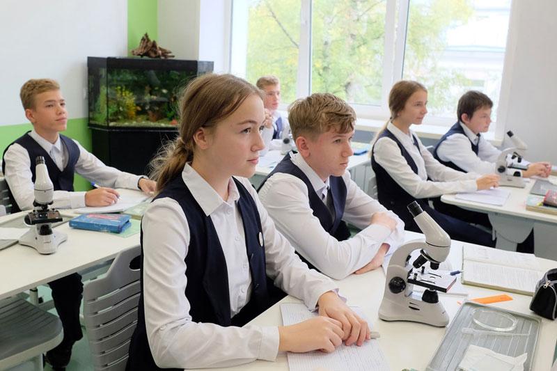 В кировском лицее открылся первый школьный «Кванториум»
